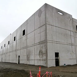 Amazon Distribution Center - building, construction