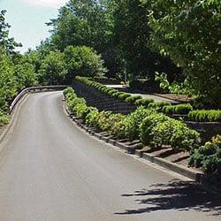 Lacamas Shores - entry drive, wall