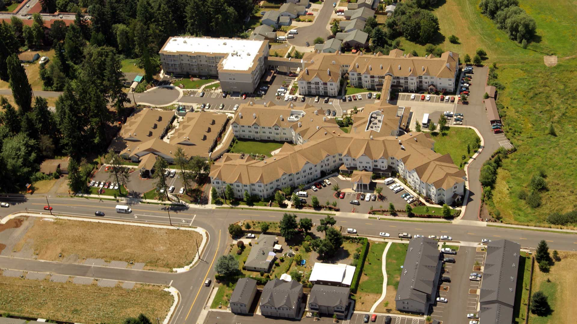 Glenwood Hills Retirement Center - aerial