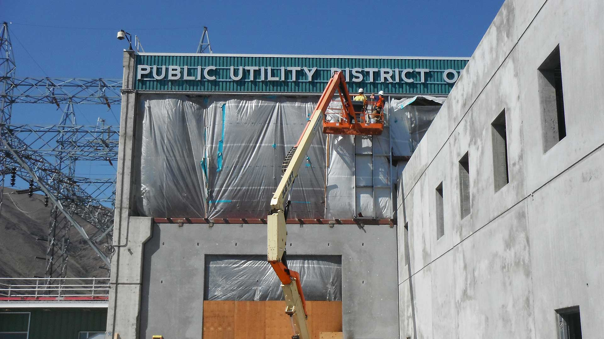 Priest Rapids Turbine Generator Building - construction