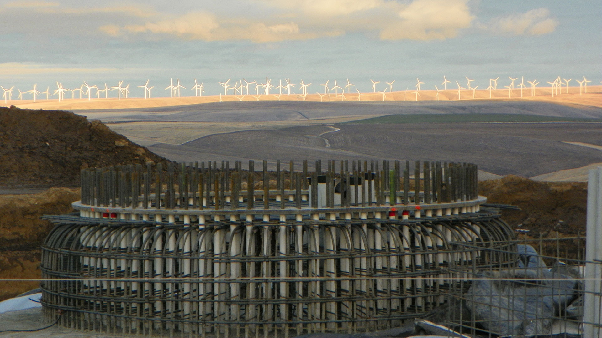 Tucannon River Wind Farm - footing and turbines