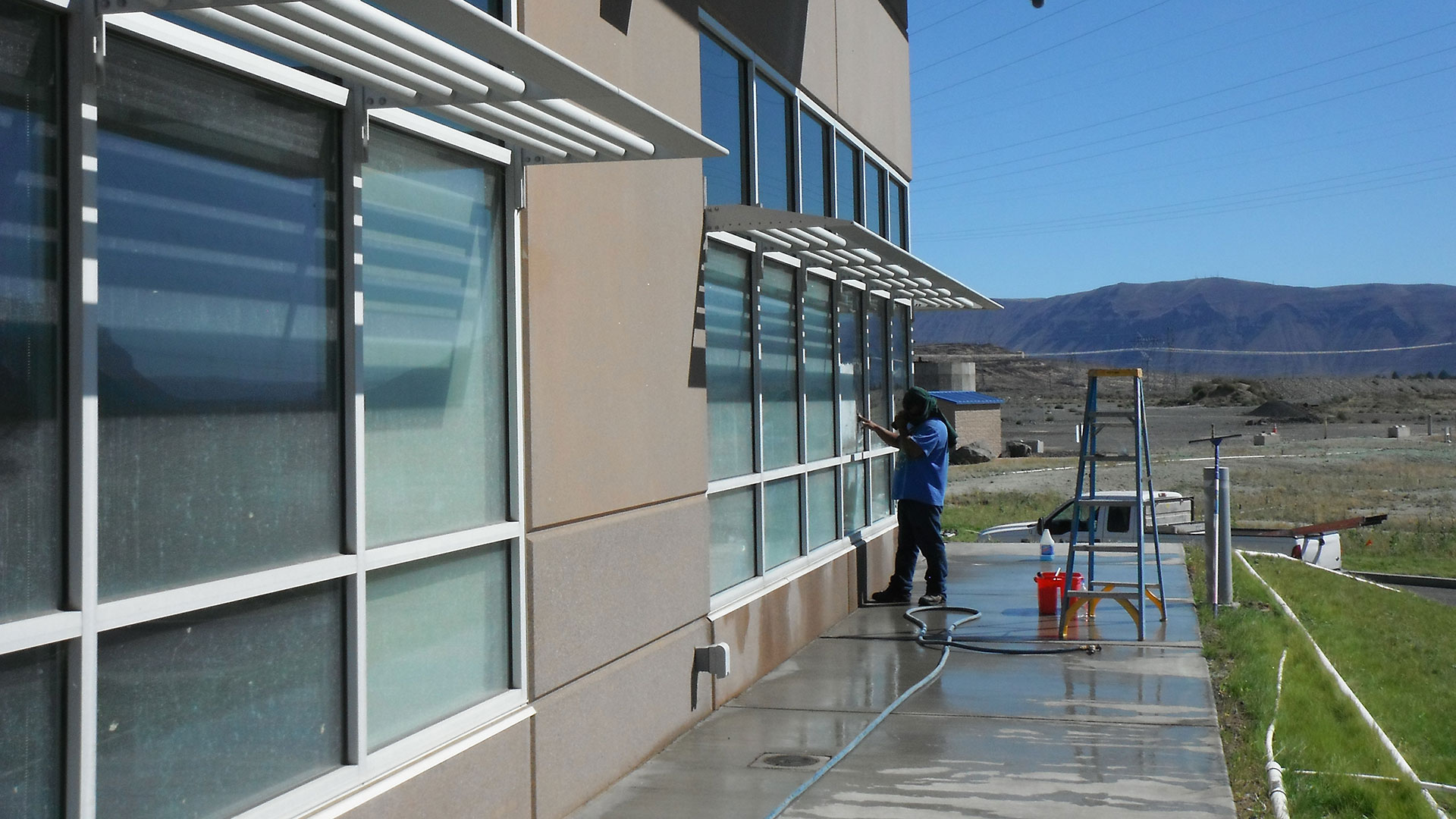 Wanapum Maintenance Center - construction